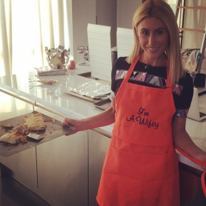 What do we think of the new aprons?? Would you be a loud and proud Wifey in the kitchen?